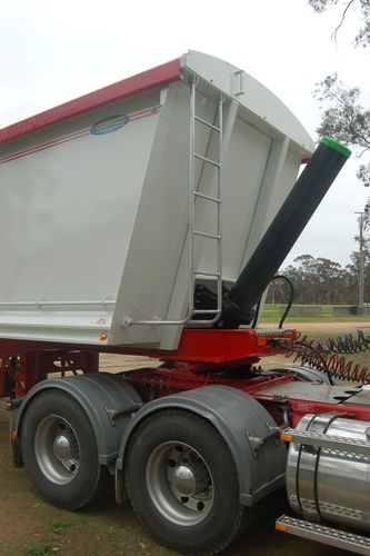 NorthStar Grain Tipper