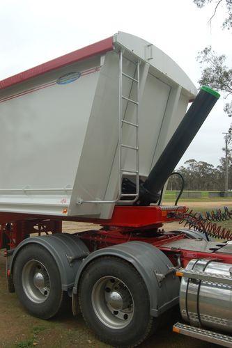 NorthStar Grain Tipper