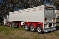 Australian made Grain Semi Tippers