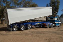 Semi Tipper Trailers