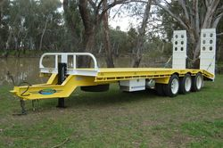 Tri Axle Tag Trailer